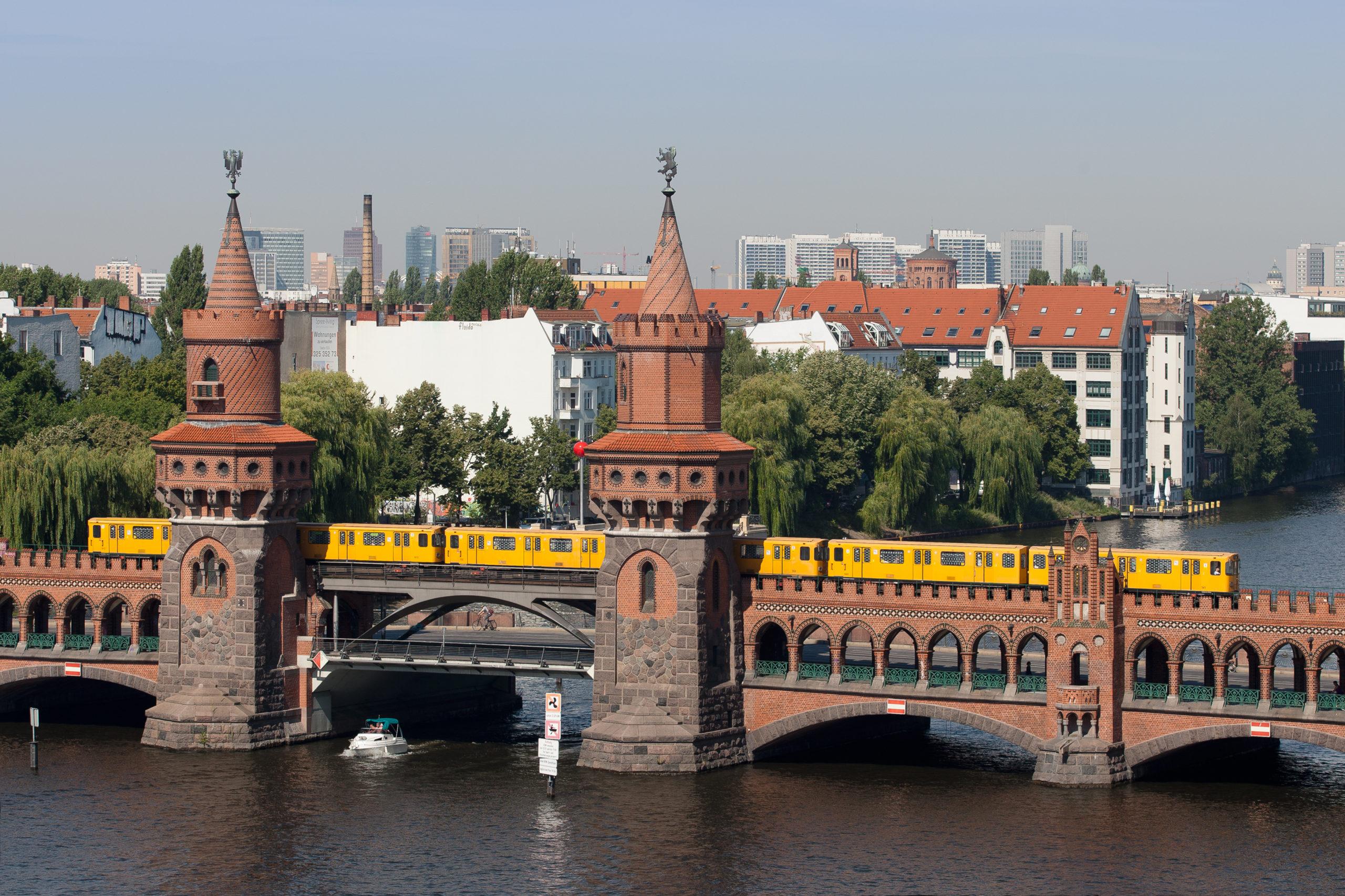 B Oberbaumbrücke